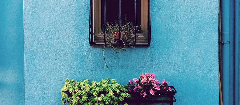 Fassade Streichen Tipps Zur Farbwahl Bonava